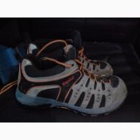 Продам фирменные треккинговые кроссовки на осень 43, 41р