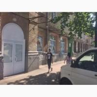 Помещение, фасад смотрит на метро Дарницу