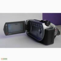Продам б/у видеокамеру sony dcr-sr82