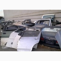 Стекло двери / багажного отсека Toyota стекла б/у Киев