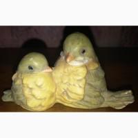 Статуэтка птички, Royal prasente
