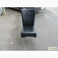 Купить бу стулья для кафе, ресторанов с мягким сиденьем и спинкой черного цвета со склада