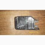 Крышка крепления переднего сидения правая Mitsubishi Lancer Лансер X 2008 б/у
