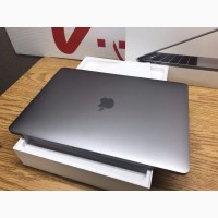 Apple MacBook Pro / 2.9GHz Core i7 / 16GB RAM