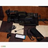Продам б/у видеокамеру panasonic m3000