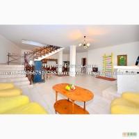 Сдам 3к. дом в центре Ялты, с большим каминным залом, двором, мангалом, недорого, 9 ч