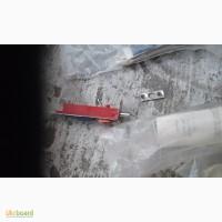 Защелки автоматические СССР красные 5шт. 50грн/шт, серые 2шт. 40грн/шт, фигурная 90грн
