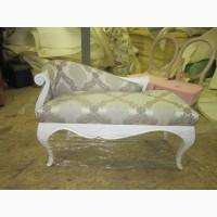 Деревянная ножка кабриоль с резьбой пуфа диванчика банкетки софы кресла