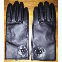 Кожаные перчатки, женские