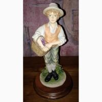 Статуэтка Leonardo collection. Мальчик с корзиной.1988г