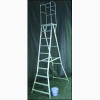 Производитель продает алюминиевые лестницы