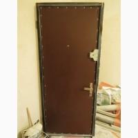 Входная добротная Советская металлическая дверь
