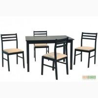 Стол обеденный и 4 стула из дерева