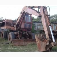 Продаем колесный экскаватор ЭО-3323, 0, 63 м3, 1992 г.в