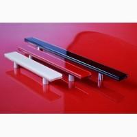 Фурнитура (стеклянные цветные ручки) для фасадов и мебели