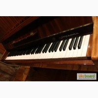 Продается пианино Украина, в отличном состоянии