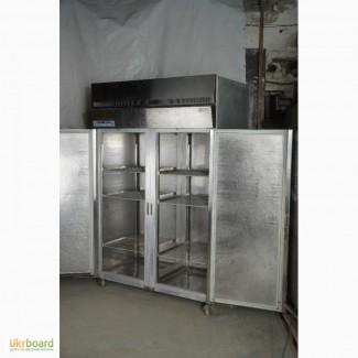 Холодильный шкаф в рабочем состоянии б/у