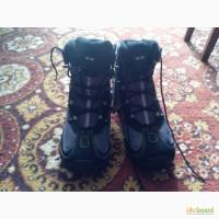 Продам зимние Женские ботинки Salomon Stenson TS WP W