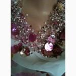 Ожерелье в розовых тонах