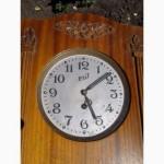 Деревянные старинные часы