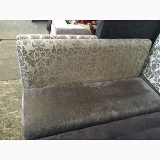Продажа диванов б/у тканевых коричневых с узором для кафе