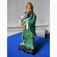 Статуэтка самурая из керамики
