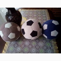 Продам мягкую игрушку Мяч