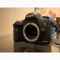 Canon EOS 5D Mark III DSLR Камера