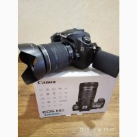 Продам Фотоаппарат Canon EOS 60D EF-S 18-135mm f/3.5-5.6 IS STM KIT