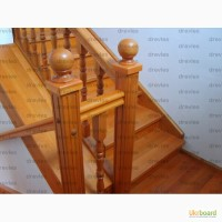 Лестница деревянная, зашивка каркаса деревом