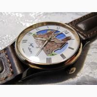 Часы кварцевые Луч, новые с индикатором день-ночь, коллекционные