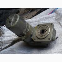 МЗК-3 Электромеханизм с редуктором и комплектом насадок для вращения телеантенн, кранов