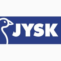 Работник склада в магазине Jysk в Польше