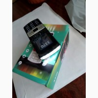 Телефон 3370 1, 8 Dual SIM карты FM MP3 Камера FM фонарик