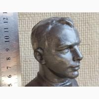 Бюст Ю.Гагарин, 1962г, ск.Селезнева-Щербакова. Редкий