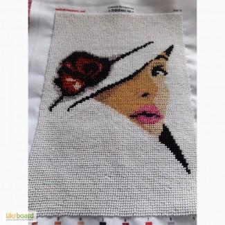 Ручная работа - картина, вышитая бисером Дама в шляпке