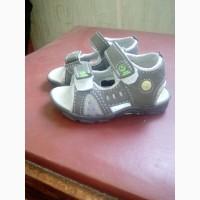 Детские сандали 22р новые