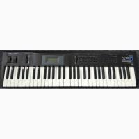 Продається синтезатор Korg X5D