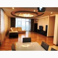 В новом доме 3-й квартиры на ул.Зверинецкая в Киеве