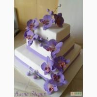 Свадебный 3-х ярусный торт с сиреневыми орхидеями