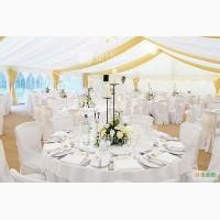 Свадебные чехлы на стулья, прокат скатертей на свадьбу, драпировка столов, банты