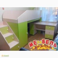 Кровать-чердак с мобильным столом, пеналом, полками и лестницей-комодом (кл9) Merabel
