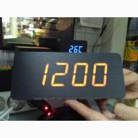 Часы электронные настольные под дерево (красная подсветка)