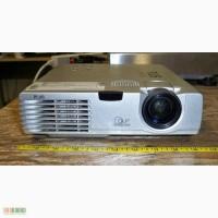 Продам японский видеопроектор