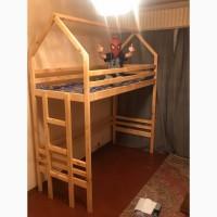 Кровать-домик из натурального дерева- 4500грн