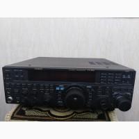 Продам трансивер YAESU FT-950 2010 року випуску, у відмінному стані, з офіційною документ