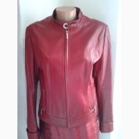 Кожаная женская куртка.р.48
