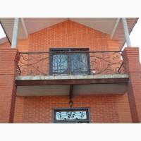 Балкон кованый. Ограждение на балкон. Перила металлические на балкон. Балконные ограждения