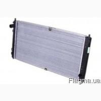 Фольцваген Бора 1998 - 2005. 2.0 - Радиатор охлаждения Шах