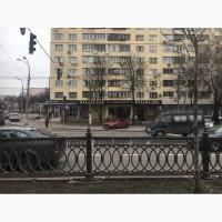 Эксклюзивный бутик, на проспекте в Киеве